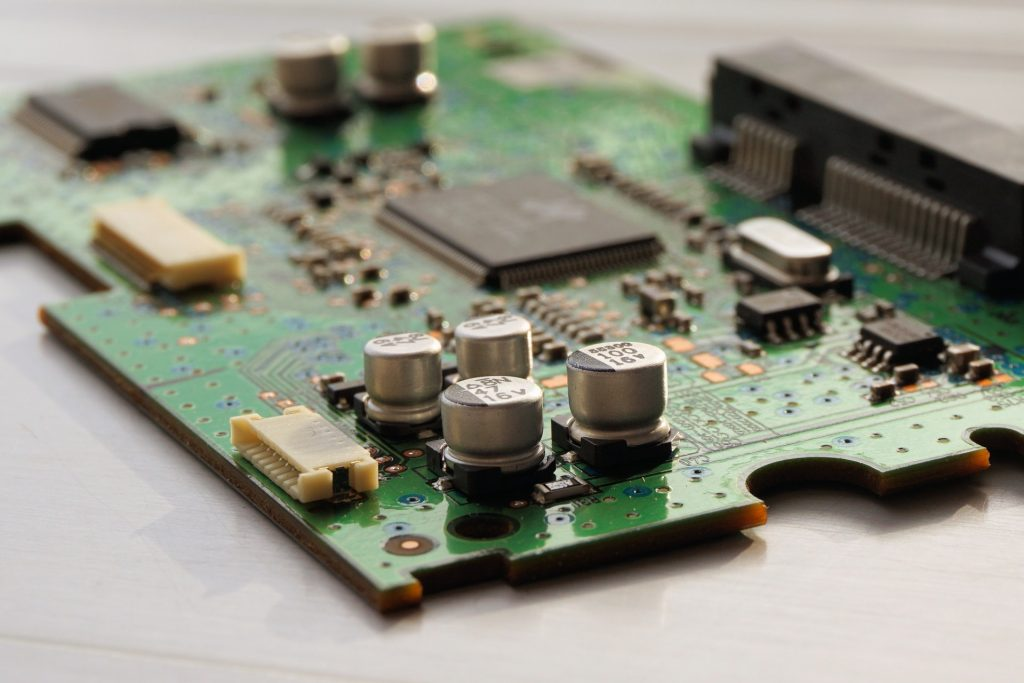 close-up-photography-of-computer-motherboard-163125